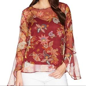 NEW Vince Camuto Flared Sleeve Floral Blouse